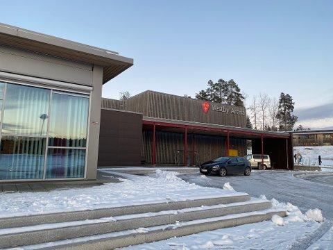 Vestby kommune bruker Vestby Arena til gjennomføring av koronavaksinering av innbyggerne.