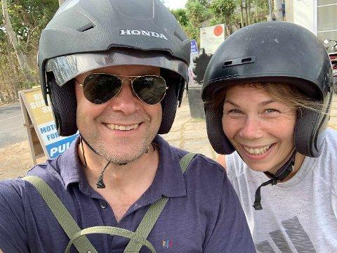 Gro og Jørn Søderholm på en tidlig innkjøpstur på Bali.