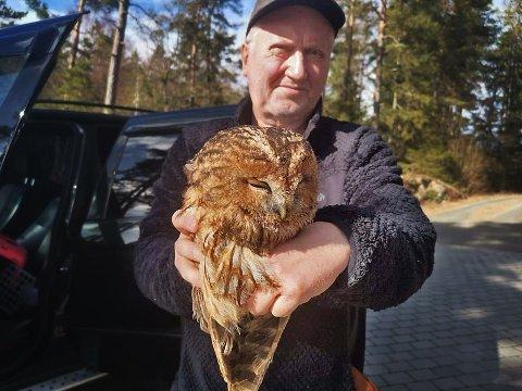 SKVATT: Roar Isaksen (61) ble overrasket over det han fant etter å ha hørt skrapelyder fra pipa i boligen sin i Hvitsten.