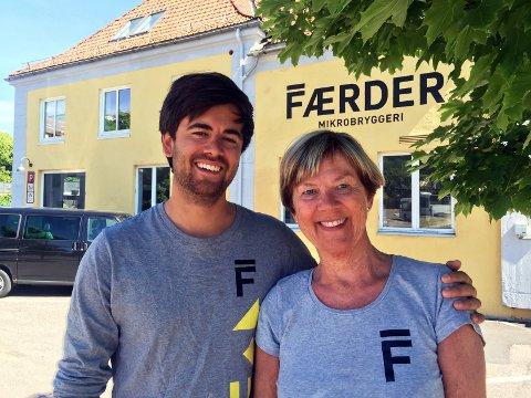 Tone og Mathias Krüger kan glede seg over eventyrlig salgsutvikling for Færder Mikrobryggeri.