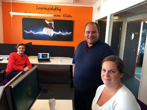Med 15 selgere blir ELX en av de største aktørene i Norge. På bildet salgsleder Daniel P-Johansen (t.v.), daglig leder Hein Irgens Henriksen og account manager Christiane Bang.