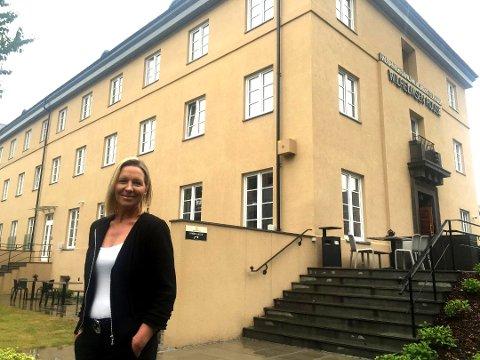 LEILIGHETER: Anette Aale, daglig leder ved Wilhelmsen House, er fornøyd med å bli en del avdet nye bookingnettstedet Hem.