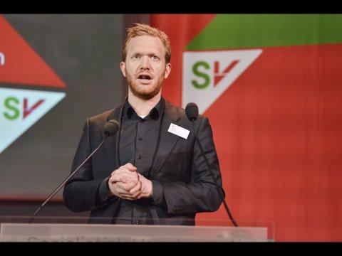 VIKTIG SJANSE? Fylkespolitiker Ådne Naper (SV) peker på at det allerede jobbes med utvikling av hydrogenproduksjon på Herøya og Rafnes. Nå vil han gjerne vite om Slagentangen kan bli et tredje miljø for en ny, miljøvennlig energifremstilling.