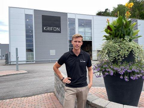 UTFORDRENDE: Daglig leder Andreas Fon i Krifon AS sier at smittevern og pandemi har bydd på sine utfordringer: – Det har vært hektisk og krevende, men også svært lærerikt, sier Fon.