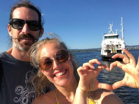 Arrangørene bak kortfilmfestivalen på Annas Hybel er Ida Theresa Myklebost og samboeren hennes, John Gamache fra New York.