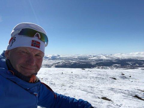HELT NØDVENDIG: Daglig leder i Tronfjell Maskin AS i Alvdal synes skiturer på vinteren er helt nødvendig og at jakt i høyfjellet på høsten gir påfyll av energi.
