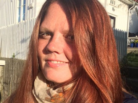 MED ET SKRÅBLIKK PÅ VALGET: Ansvarlig redaktør i Aust-Agder Blad, Linda Joachime Helgesen Aslaksen.