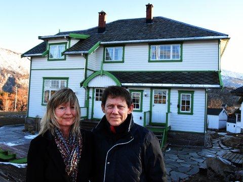 I 2014 kjøpte ekteparet Unni Johnsen og John Magne Birkeland Villa Haugen til privat bruk. I 2016 bestemte de seg for å gjøre det om til hotell og sa opp jobbene sine for å satse alt.