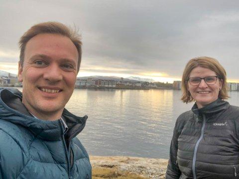 Kontrer: 1. kandidat i Nordland Høyre, Bård Ludvig Throrheim og 2. kandidat Marianne Dobak Kvensjø. De har nå sendt inn en interpellasjon til fylkestinget om to uker hvor de foreslår å halvere billettprisene på båt og ferge allerede fra 1. mai.