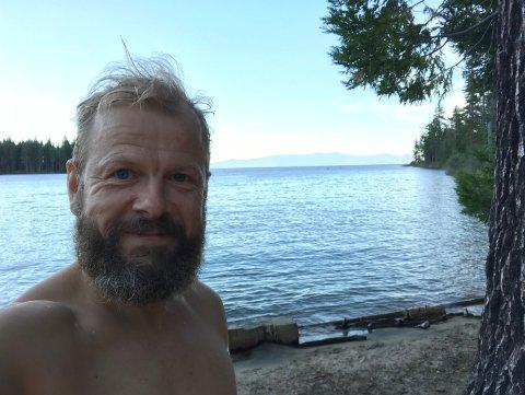 UFORGLEMMELIG: Heikki Holmås (46) møtte en svartbjørn på campingferie ved ferskvannsinnsjøen Lake Tahore i California.