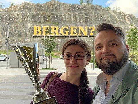 Gjennom tre uker i august skal Irem og Gjøran Elliasen forsøke å bli verdensmestre i tango .
