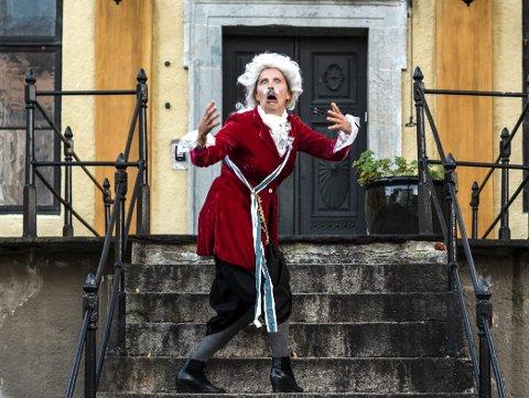 Det er flust av aktiviteter å finne på i Bergen for både store og små. Visit Bergens Linn Kjos Falkenberg gir deg sine beste tips. Blant annet teatervandring med Bergen Bymuseum.