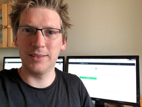MER SMÅSTOFF: Fra hjemmekontoret er digitalleder Eirik Gullord og resten av Bygdeposten ansatte klare til å gi leserne mer småstoff og raske nyheter fra og med 1. mai.