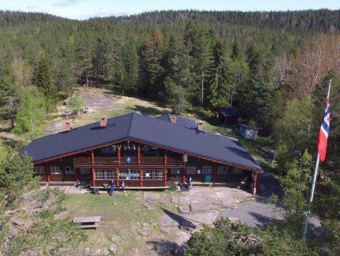 POPULÆRT UTFARTSSTED: Stiftelsen ÅIF Tverken har søkt Sparebankstiftelsen DNB og fått penger til toaletter til turfolket.