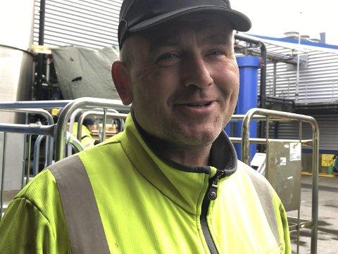 Ein av seks: Bjørnar Brendø gler seg over fast jobb i ny fabrikk.