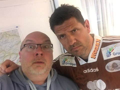 FOTBALL: Firdaposten sine fotballreportarar deler ut stjerner til Florø sine beste spelarar.