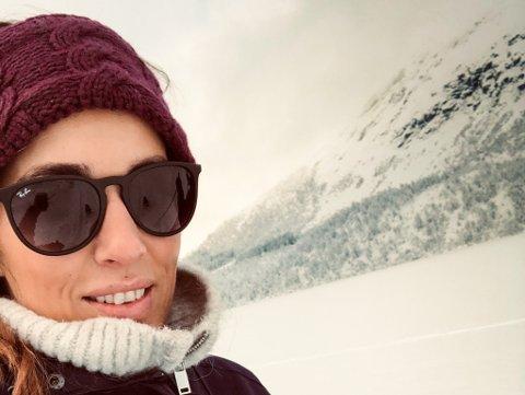 KORT TID FØR: Alt låg til rette for ein perfekt skitur med hundane. Men turen skulle vise seg å ta ei brå vending for Lillian Karin Gundersen og Rasmus Toftdahl.