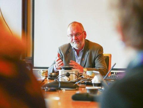 Sin: Varaordfører Geir-Ketil Hansen slår fast at det ikke er til å leve med at det ikke foreslås en eneste krone bevilget til å få E6 ut av Narvik sentrum.Foto: Terje Næsje