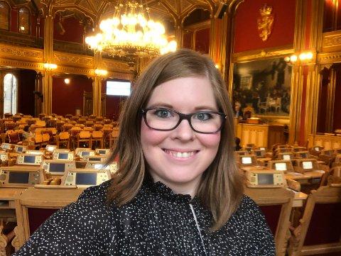 STORTINGSSALEN: Christine Nilssen er klar for Stortinget og gleder seg masse, selv om det også er litt skummelt.