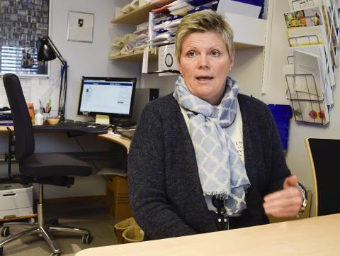 DET SOM SKAL TIL: Ordfører Lars Magnussen mener at kommunalsjef Cecilie  Øyen har det som skal til for å være konstituert rådmann