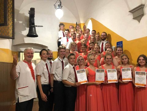 PRIS: Defrost Youth Choir  ble beste kor under Andrea Del Verrocchio International Choral Festival i Toscana i helgen.