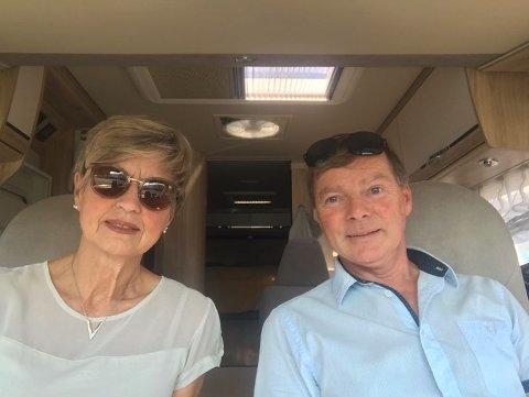 DRAMATISK OPPLEVELSE: Ekteparet Åse Marie Hansen Kalleland (72) og Jan Birger Hansen (62) sier de ble beskutt på bobiltur.