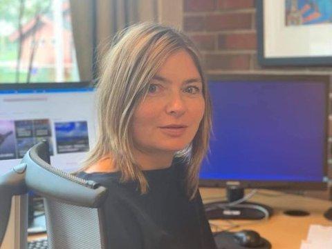 MANGE GRATULASJONER: Kristine Tveit (49) har fått mange gratulasjoner etter at hun fikk ny jobb denne uken. Hun fikk helsesjefjobben som hun og fjorten andre søkte på.