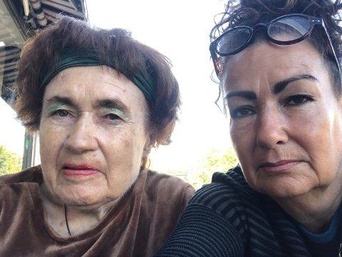KOMMUNEN GJORDE FEIL: Aud Kari Kvalbein (74) saman med dottera Linda Meltzer, som er glad for at mora no har fått lovnad om korttidsplass ved sjukeheimen i Hå.