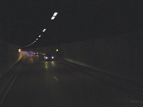 BOTNETUNNELEN: Her endte den fartsfylte ferden for Vestfold-mannen i 20-årene. (Illustrasjonsfoto)