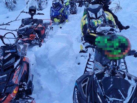 AKSJON: Bildet ble tatt under lørdagens aksjon. Da ble tilsammen 11 scooterførere anmeldt for ulovlig kjøring.