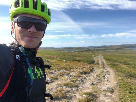 TESTER LØYPA: Rune Sjøstrand har gjort en rekonstruksjon av rittet han skal sykle 1. august