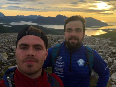 Engasjert: Svein Egil Torbergsen og Markus Willassen er opptatt av spørsmålet om basseng i Vågan