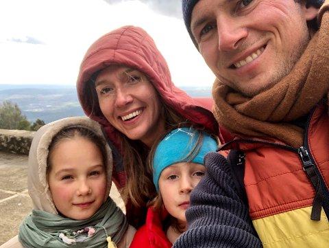 TURLIV: Familien var mye utendørs i løpet av året på Mallorca, en vane de ønsker å ta med seg hjem til Norge. Foto: Privat