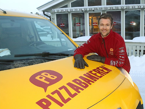 REFS: Én av pizzasjappene til pizzagründer André Bruvold får refs fra Mattilsynet etter tilsyn på filialen i Giæverbukta. Mindre avvik som ikke går utover matsikkerheten, forsikrer sjefen.