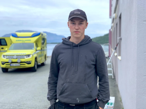 JOBBET: Leger kom løpende før brannvesenet og ambulansen kom. Jørgen Kleivbakk jobbet like i nærheten.
