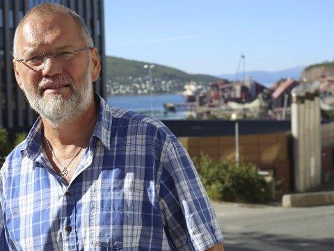 ADVARER: – Narvik vil være blant dem som får svi mest dersom forslaget til en endring av eiendomsbeskatningen blir vedtatt. Forrige gang det ble fremmet for Stortinget, måtte det trekkes. Det viste seg umulig å gjennomføre av hensyn til kommuneøkonomien, sier Geir-Ketil Hansen (SV). Foto: Fritz Hansen