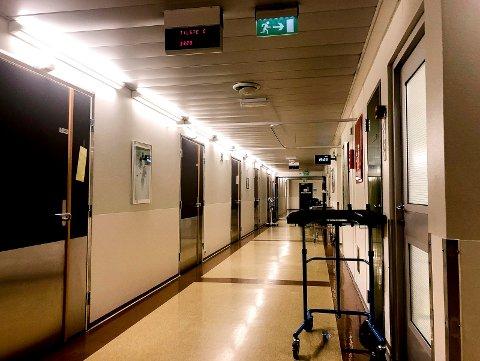 Sykehuset Innlandet sykehuskorridor (Foto: Bjørn-Frode Løvlund)