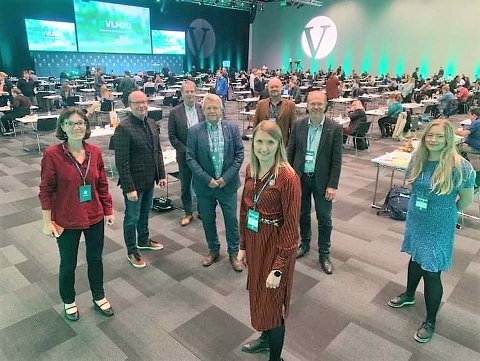INNLANDS-GJENGEN: Venstres Innlandsdelegasjon i landsmøtesalen på Gardermoen. De fikk bred tilslutning til uttalelsen om sirkulærøkonomi.