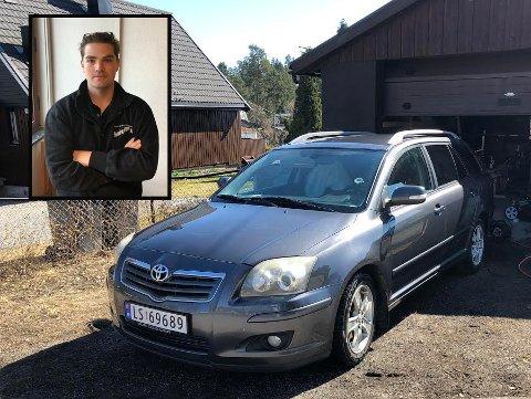 Christian Fredrik Horns Toyota Avensis er stjålet fra oppkjørselen på Langhus.