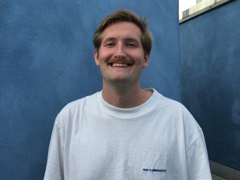 FLYTTER: I utgangen av april flytter Edvard Stenersen til Sydney. Der skal han bemanne nyhetsbyrået NTB om natten.