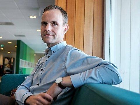 FEIRER: Knut Magne Bjørnstad ser at 1.mai-feiringen har tatt seg opp litt i Rakkestad de seneste årene. Bjørnstad er Rakkestad Arbeiderparti sin ordførerkandidat.