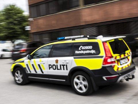 Hønefoss politistasjon kan bli stående igjen med en såkalt sekundærarrest etter omorganisering. Rolf Håndstad og flere med ham, reagerer.