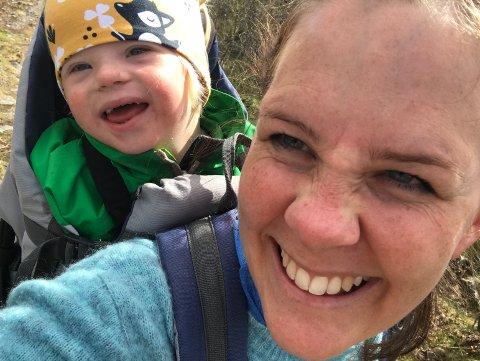Mamma Mari Persson føler seg heldig som fikk Herman, men ikke fordi han har Downs syndrom.