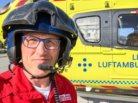 LIVREDDENDE:  – Hjelp 113-appen på mobilen kan bety liv eller død, sier Åke Eling Andresen og oppfordrer alle til å laste den ned på mobilen sin.