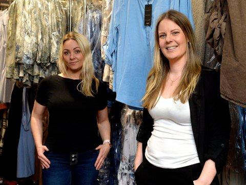 PEPPER: f.v: Veronica Vestad (30) og Helle Cecilie Holmberg (30) jobber hos Pepper AS. Bedriften har hatt tidenes største omsetting i 2020. Nå er de på utkikk etter en lokal influenser som kan hjelpe dem med å reklamere for deres produkter.