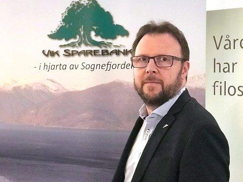 NY BANKSJEF: Mads Indrehus frå Vik sparebank blir banksjef i den nye storbanken i Sogn. (Arkivfoto)