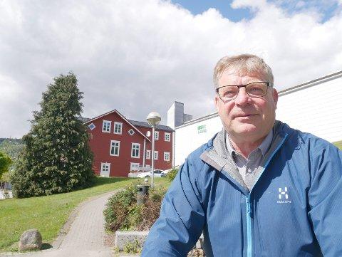 GJEV RÅD: – Det er viktig at alle ordførarar framover prioriterer å jobba med kraftsaker, seier Noralv Distad, avtroppande medlem i LVK-landsstyret.