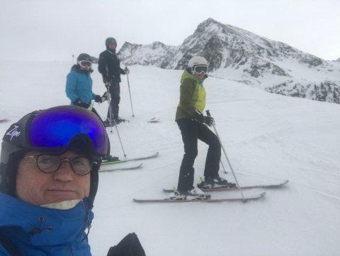 FRA SKITUR TIL KARANTENE: Bjørn Hjalmar Andersen og seks venner dro på skitur til alpene for to uker siden.