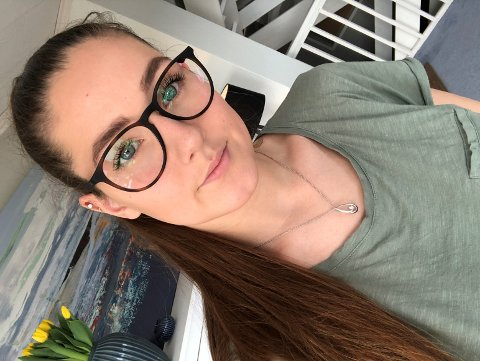 TØFT: Mange deltidsarbeidende studenter er blitt hardt rammet av koronakrisen, påpeker Kristine K.H. Akselsen.