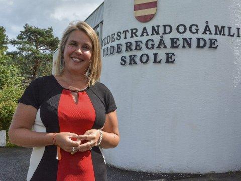 Rektor: Line Marie Poppe, rektor på Tvedestrand og Åmli vgs, håper og tror at danselinjen vil få flere søkere når den nye skolen ved Mjåvann står ferdig med kultursal og en rekke andre fasiliteter.Arkivfoto